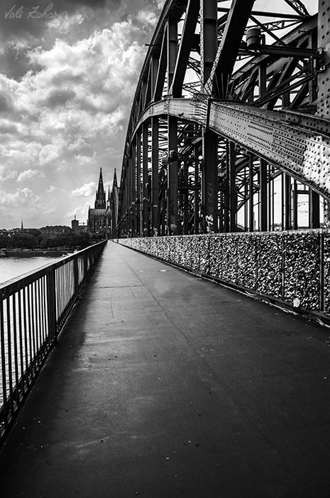 hohenzollern_bridge_köln